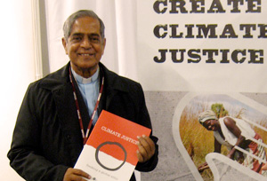 Bishop Gomes, Auxiliary Bishop of the Archdiocese of Dhaka, Bangladesh President of Caritas Bangladesh being part of Caritas climate justice campaign Credits: Caritas