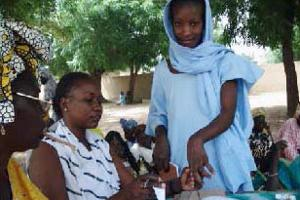 The Weini savings and lending group in northern Ethiopia motivates members to turn small savings and investments into big rewards. Credits: Debbie DeVoe/CRS