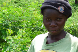 Alice Thaara, age 21, had to drop out of college after a drought made it impossible for her family to harvest their crops. During the drought, many other students left school as well. Credits: Laura Sheahen/Caritas