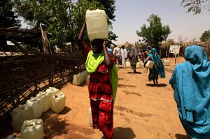 Caritas programme provides clean water at Deleij IDP camp Credits: Mohammed Noureldin/ACT Caritas
