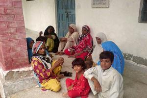 Caritas Pakistan helps around 2,500 families in the dioceses of Multan, Quetta and Rawalpindi for a month with food, shelter, hygiene health and things such as mosquito nets and cooking utensils.