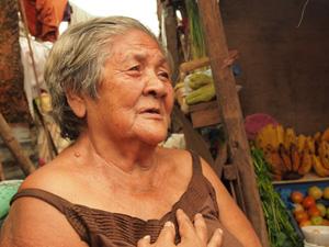 Demetria Omega (ver fotos), 75 años, es una de las víctimas del tifón en Ormoc. Ryan Worms/Caritas