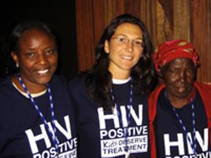 Acceso a los medicamentos para los niños que viven con el VIH: Receta para la vida