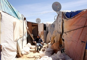 Children in camps in Lebanon don't have money to get to school. Photo by Anja Pietsch, Caritas Switzerland