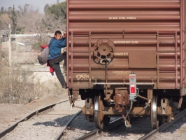 Thousands of people died trying to cross illeagally from Mexico into the US by riding on freight trains. Photo by Ryan Worms for Caritas