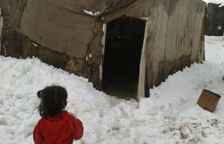 Winter storm hits refugees in Middle East