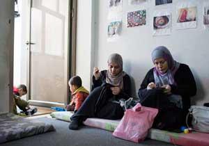 Valientes refugiadas sirias ganan un premio de Caritas para mujeres
