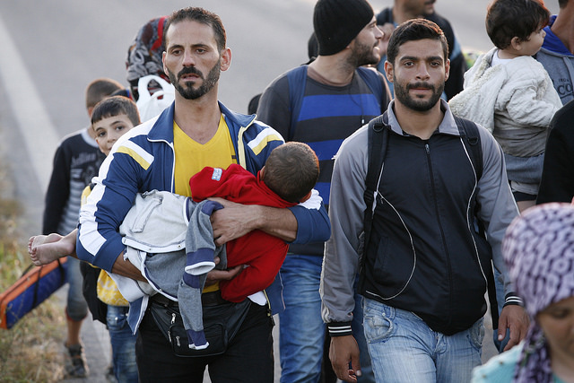 Migrants making their way to cross the Greek-Macedonian border. Credit: Matthieu Alexandre/Caritas