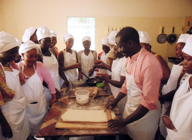 Training program for migrants organised by Caritas Senegal.