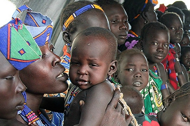 South Sudan faces famine with 275,000 children severely malnourished and more than 5 million people urgently in need of food aid. Credit: Caritas South Sudan