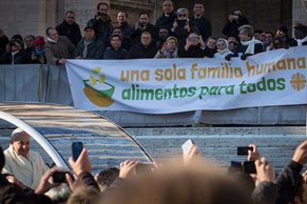 Pope Francis calls for One Human Family, Food for All