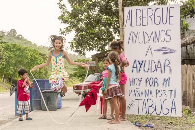 [Photos] Church and Caritas uplift earthquake affected communities in Ecuador