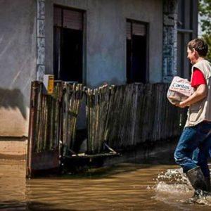 Floods recede in Balkans to reveal desolation
