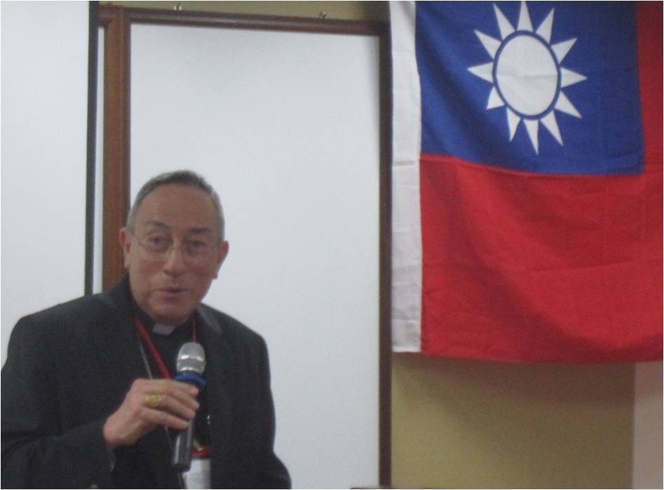 Cardinal Rodriguez Maradiaga urges a new globalisation for all