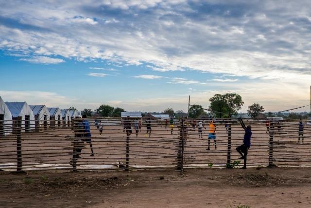 Terrain de jeu au Camp de transit de Nyumanzi