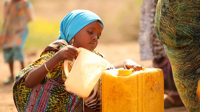 A programme providing clean water in Ethioia supported by Caritas. Phoyo by Jon Björgvinsson/Glückskette for Caritas Switzerland.