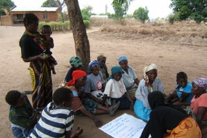 Group discussion conducted by Trócaire field staff and Caritas local partners in Chiholomba village, Balaka, Malawi Credits: Trocaire