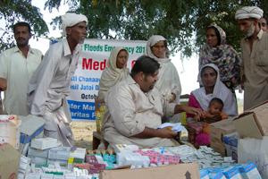 Caritas Pakistan's medical camp in Basti Chanaawar, Punjab Province. Credits: Kamran Chaudhry/Caritas Pakistan