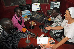 On the Sudan Catholic Radio Network stations, guests such as priests, community elders and civil society talking about what it means to forgive, reconcile and resolve conflict peacefully and listeners from all faiths call into the show. Credits: Debbie DeVoe/CRS