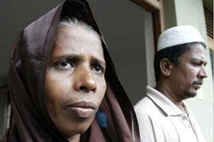 Caritas Sri Lanka National Director has visited the parents of Rizana Nafeek to discuss efforts for her release. Credits: Caritas Sri Lanka