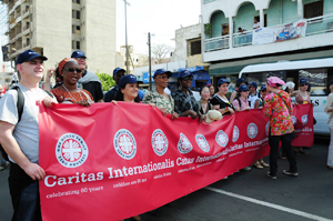 Delegates from different Caritas organisations are marching at the World Social Forum in Dakar, Senegal, from 6 to 11 February. Credits: Caritas