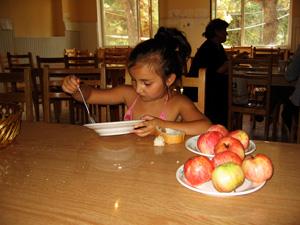 A Caritas beneficiary eating at Caritas Georgia soup kitchen Credits: Gillen/Caritas