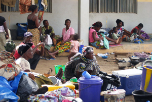 People fleeing the violence in Cote D'Ivoire have sought refuge in Bangolo, where they are receiving aid from Caritas. Credits: Caritas Cote D'Ivoire