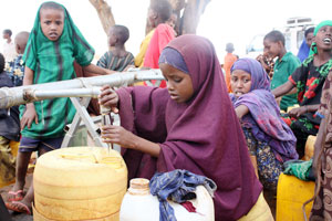 Caritas Internationalis is appealing for €3,684,050 ($5 million US) to build water and sanitation facilities in a new refugee camp outside of Dadaab, Kenya, near the Somali border. Credits: Sheahen/CRS