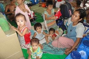 Evacuation centres are housing thousands of flood-affected families. Credits: Caritas