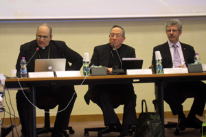 Bishop Sánchez, Cardinal Rodriguez and Caritas Internationalis Secretary General Michel Roy. Credits: Caritas