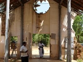 La Iglesia católica ha defendido a la gente de Sri Lanka a lo largo de su problemática historia. Crédito Patrick Nicholson/Cáritas