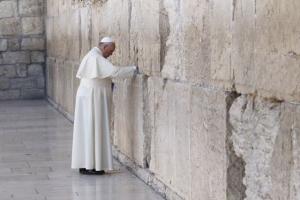 Pope Francis prays at the Western Wall in Jerusalem May 26. (CNS photo/Paul Haring) (May 26, 2014)