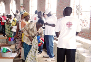 Caritas Burundi distributed non-food items at the Church of Kamenge. Credit: Caritas Burundi