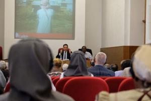 Primer orador, anterior ministro de gobierno libanés, Damianos Kattar. Patrick Nicholson/Caritas