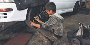 D'après le rapport, un entant réfugié irakien sur dix est obligé de travailler.