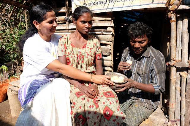 Compartir su comida y no debemos vivir