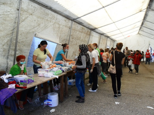 Caritas Croatia continues to provide relief (food, water, hygiene items) in Beli Manastir in close coordination with the Red Cross. Photo by Caritas