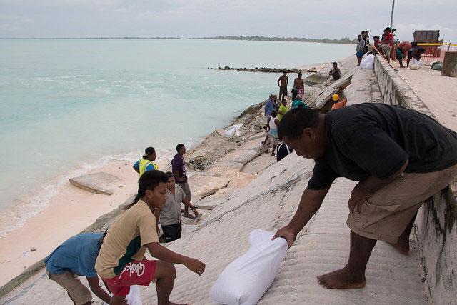 Caritas réponse au cyclone Pam à Kiribati. Photo par Caritas Aotearoa Nouvelle-Zélande