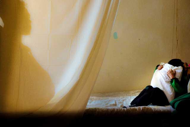 Trauma, pesadillas son comunes entre los niños refugiados sirios. Foto por Khaury / CLMC