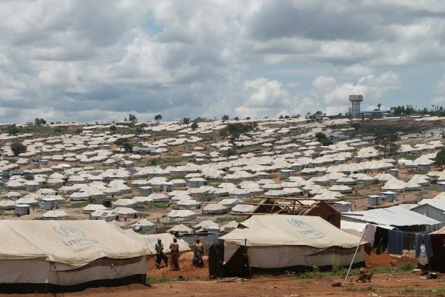 2016 RWANDA MAR REFUGEES CAMP 4