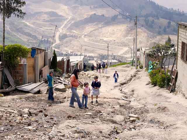 Caritas insta a la UE a que incremente su apoyo en el proceso de paz en Colombia