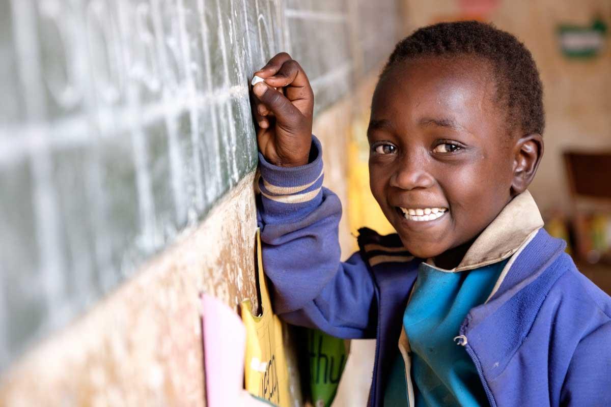 Cute (6 años) en su clase. Photo by Isabel Corthier