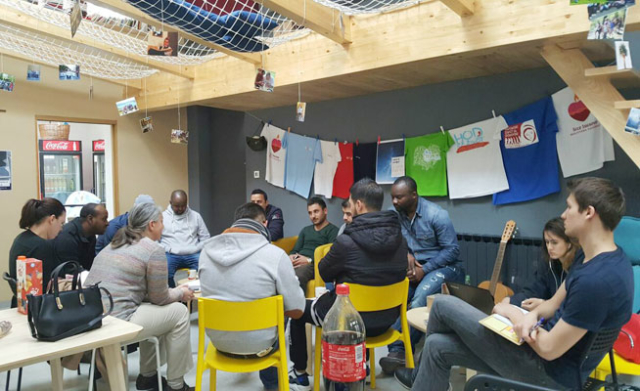 Caritas program that connects volunteers and refugees in Croatia.