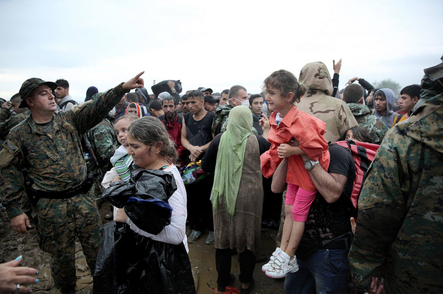 the role of aid agencies in providing services to refugees The agency says it currently supports more than five million palestinians in gaza, the west bank, jordan, syria and lebanon, including providing health care, education and social services.