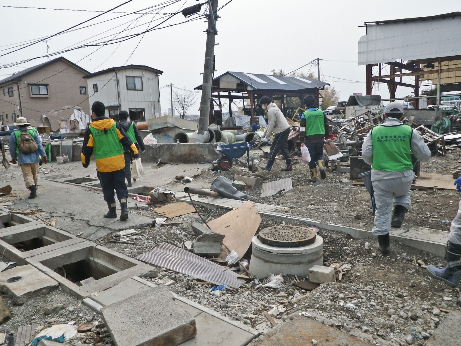 10,000 people given Caritas aid after Japan's earthquake