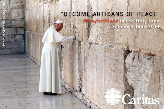 Pope Francis and Caritas working for peace