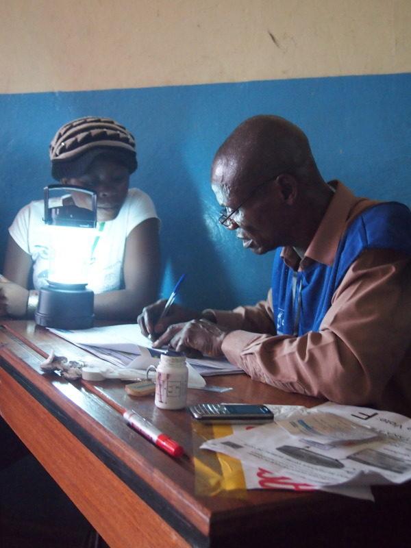 Bilan contrasté du processus électoral à Kinshasa en RDC.