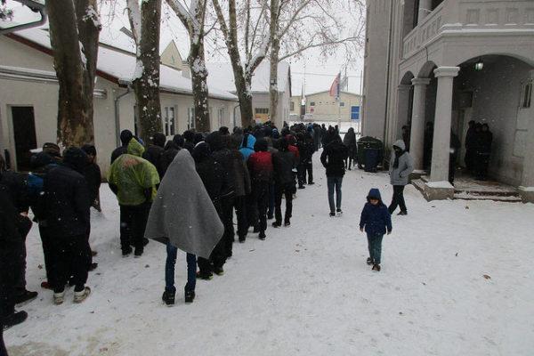 Hay que ayudar más a los refugiados en Serbia