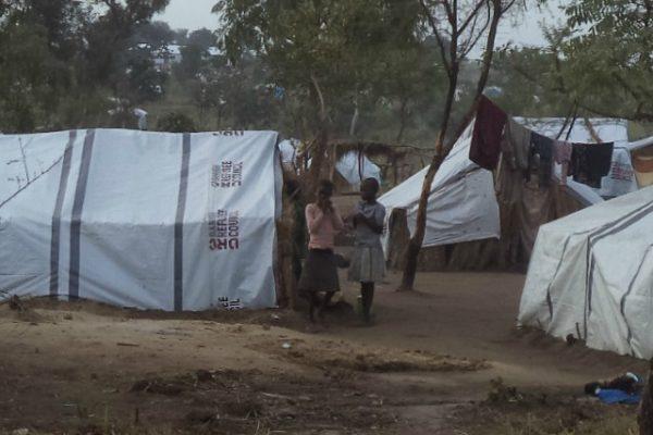 Una zona de matorrales en Uganda se convierte en el segundo campo de refugiados más grande del mundo
