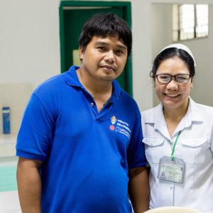 El tifón en Filipinas, un año después: la historia de Ronald